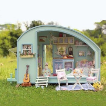 Time Travel Doll House