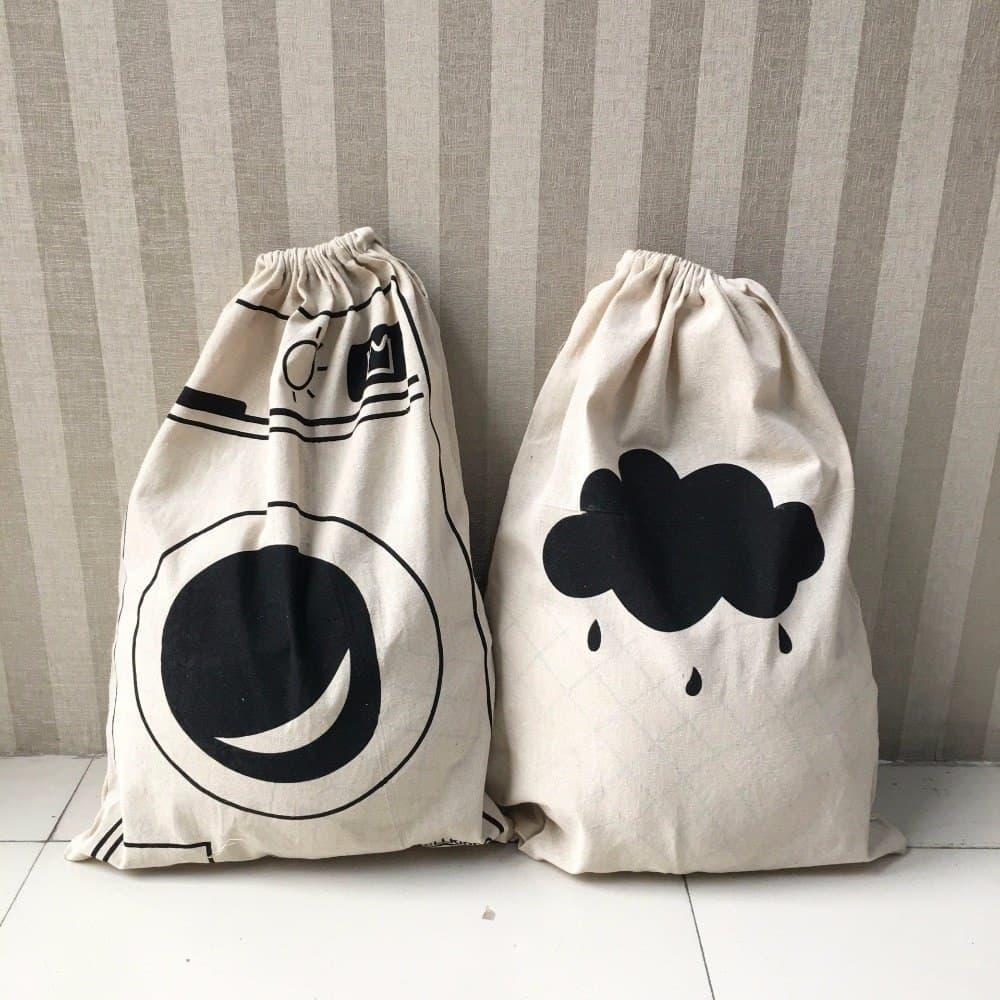 Cartoon Design Drawstring Toy Storage 1