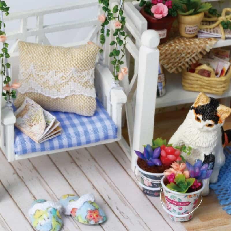 Cat Diary Doll House