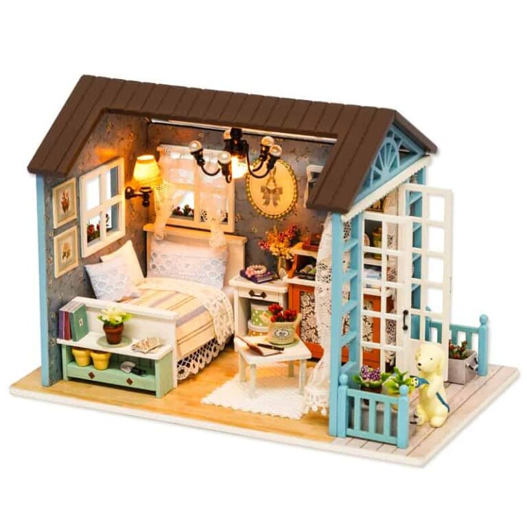 Forest Time Doll House