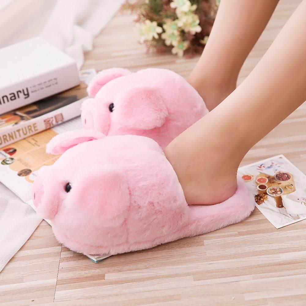 Cute Pig Plush Slippers